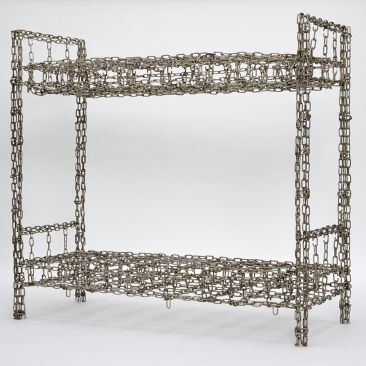 Steel chain creates the form of a bunk bed